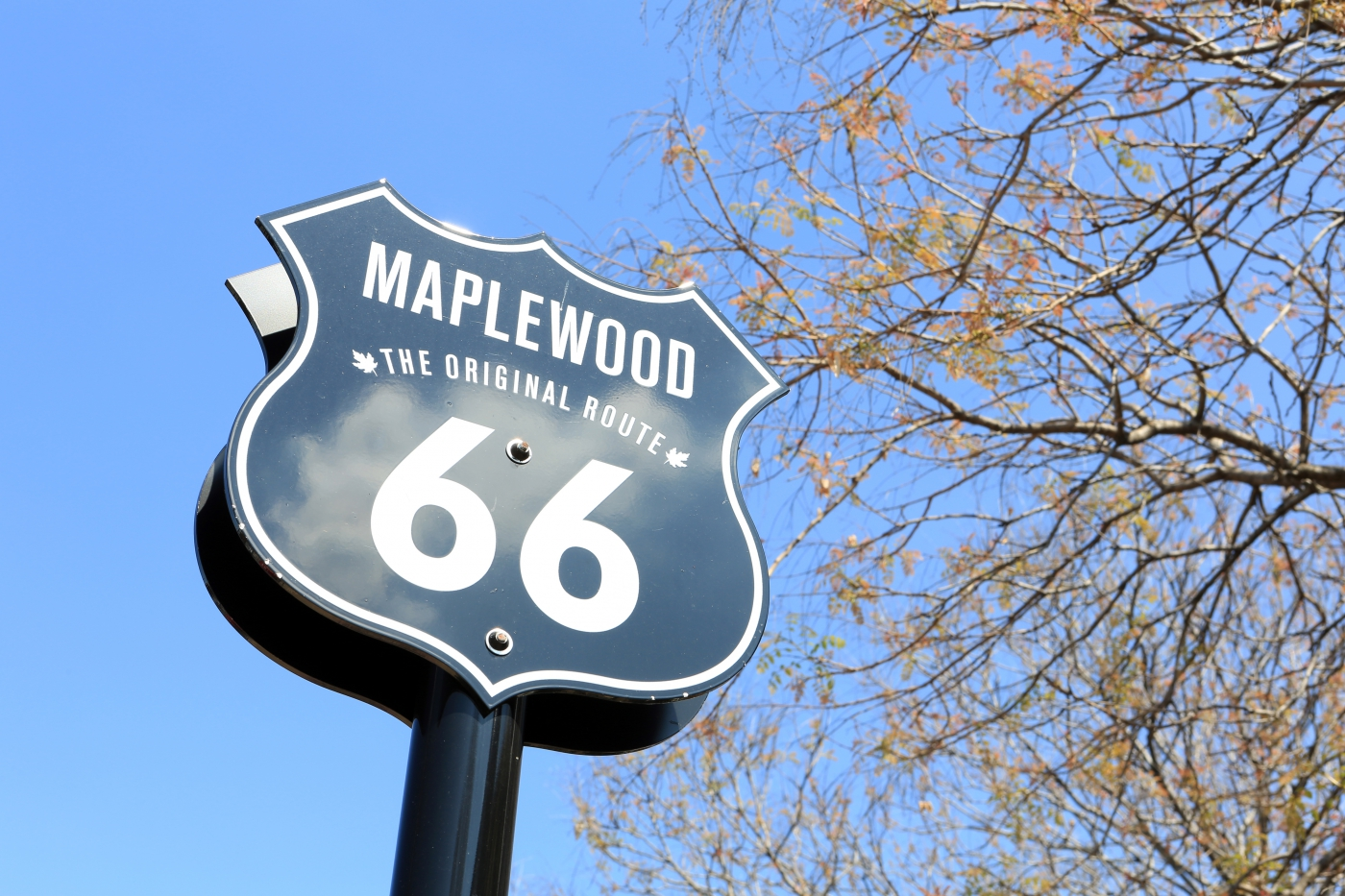 Route 66 plaque in St. Louis' Maplewood neighborhood.