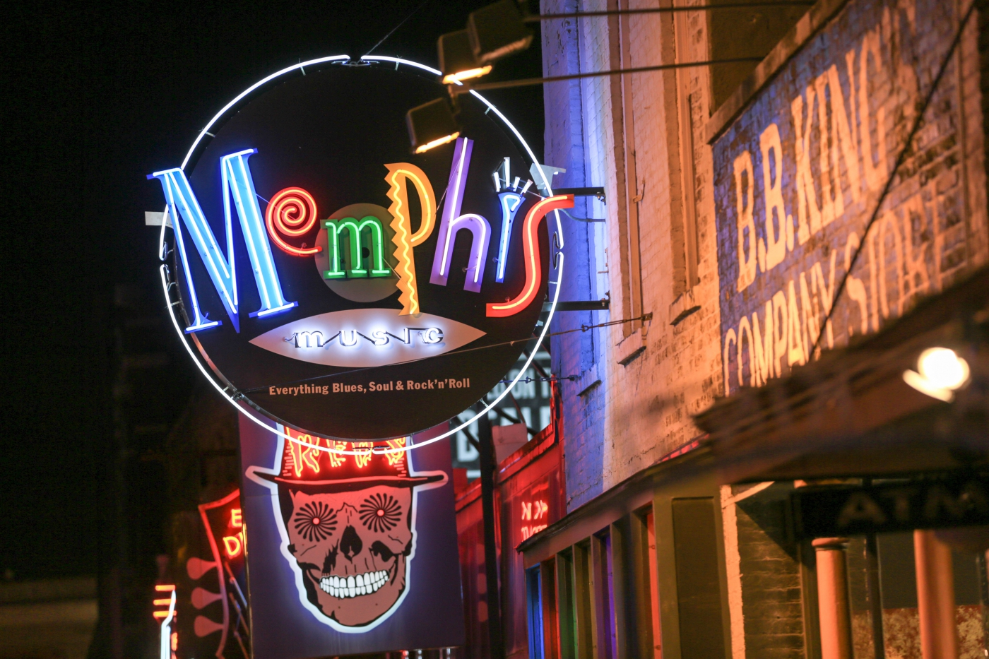 You must walk through Beale Street on any visit to Memphis.