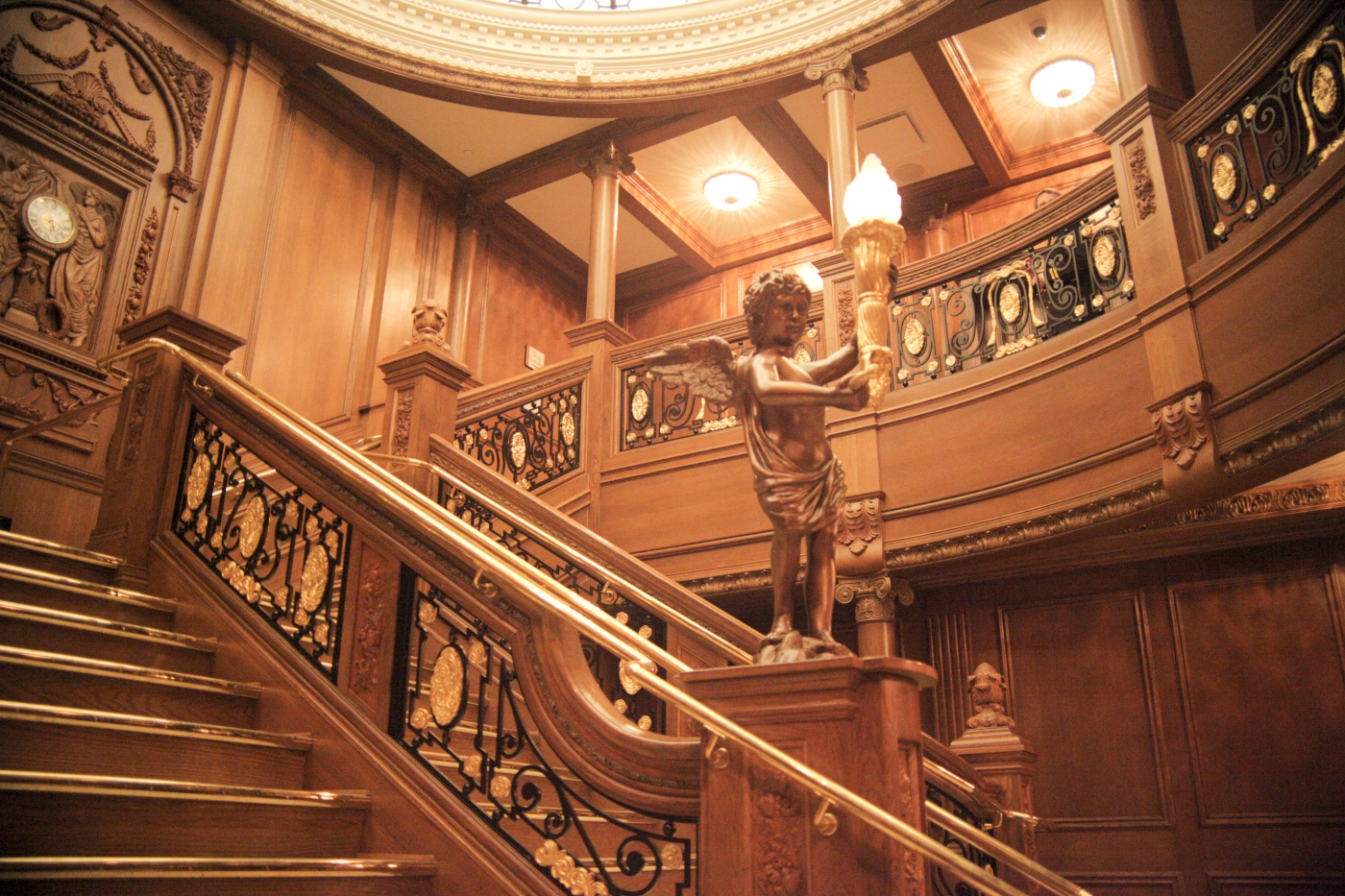 The grand staircase at the RMS Titanic Museum.