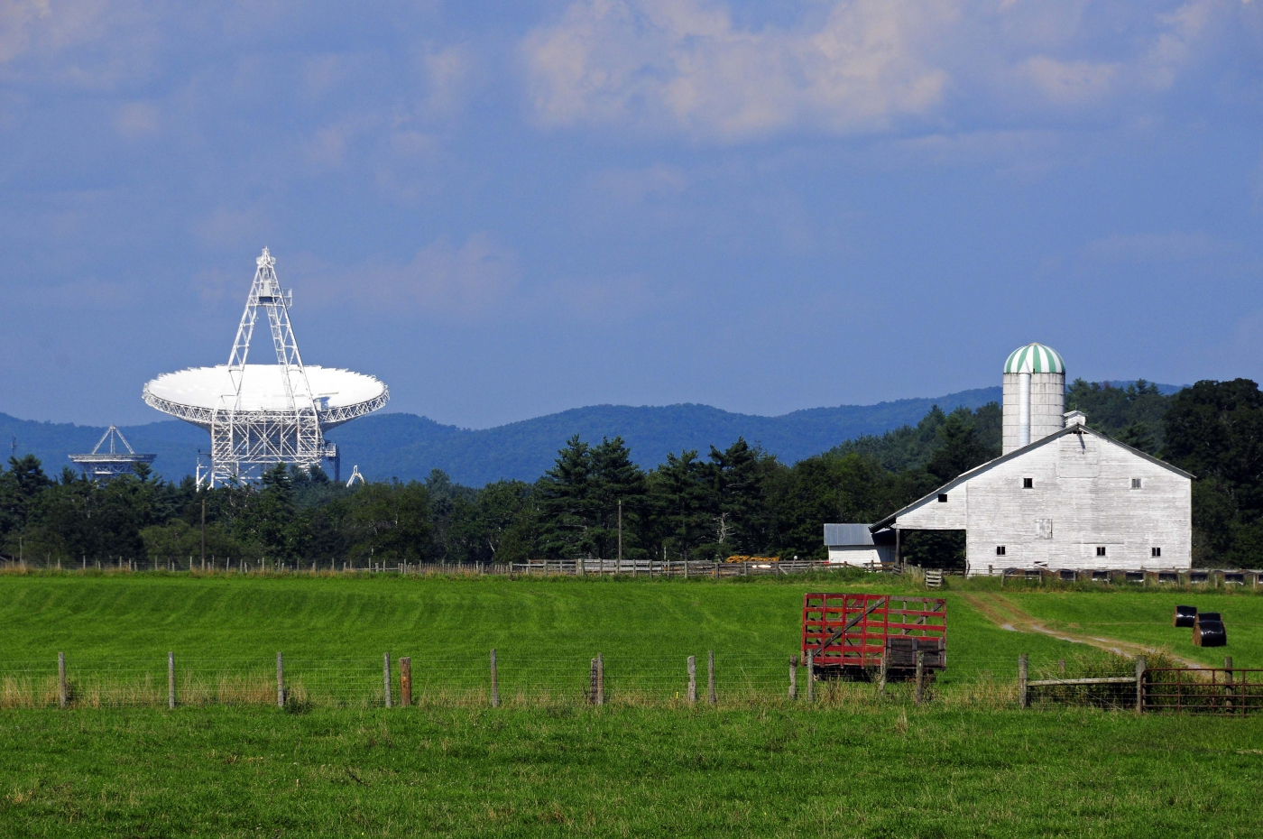 Check out the world's largest maneuverable telescope at the National Radio Astronomy Observatory.