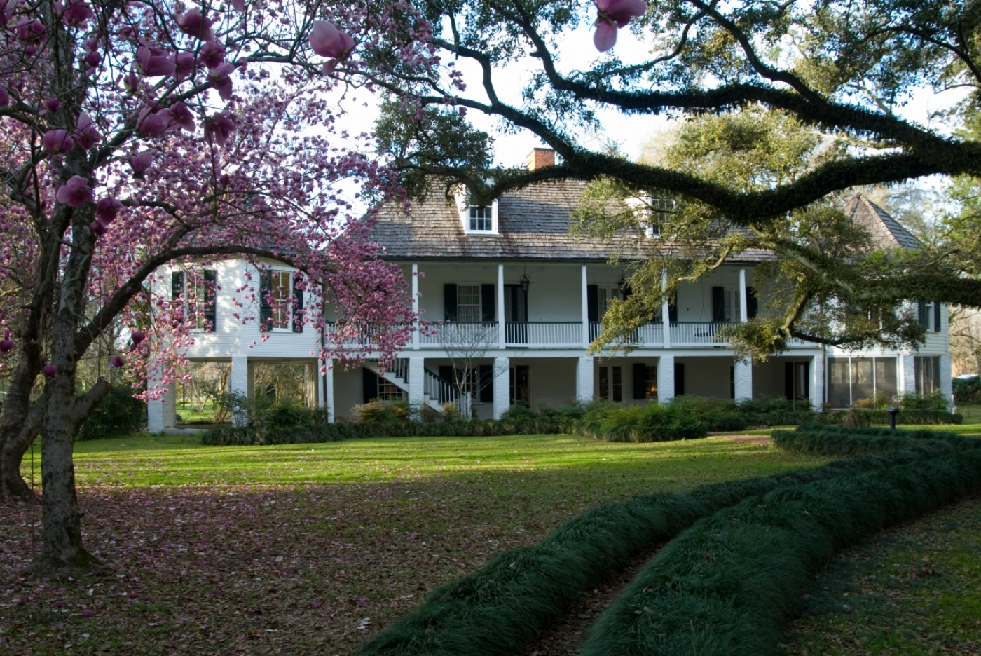 This historic plantation shares the story share the unique story of the Creole community and the life of folk artist Clementine Hunter.