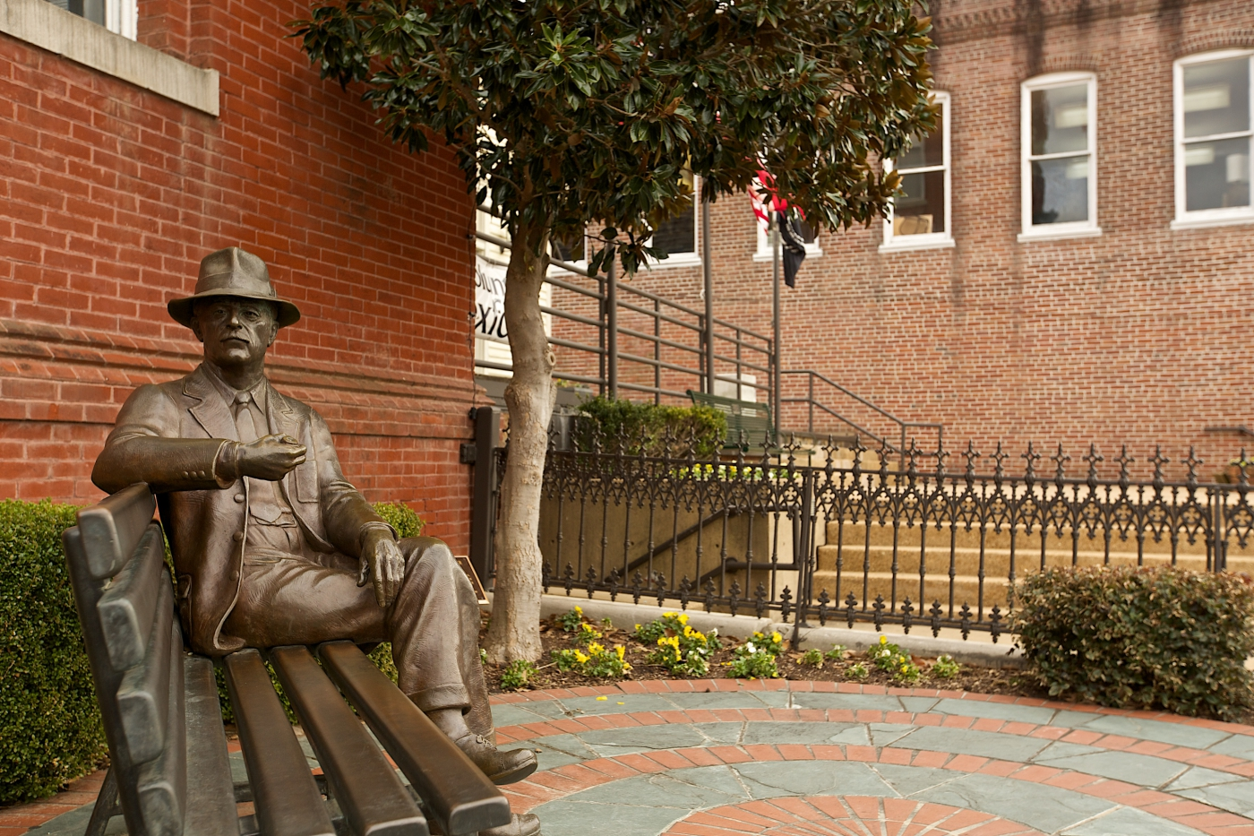 William Faulkner statue in Oxford Square.